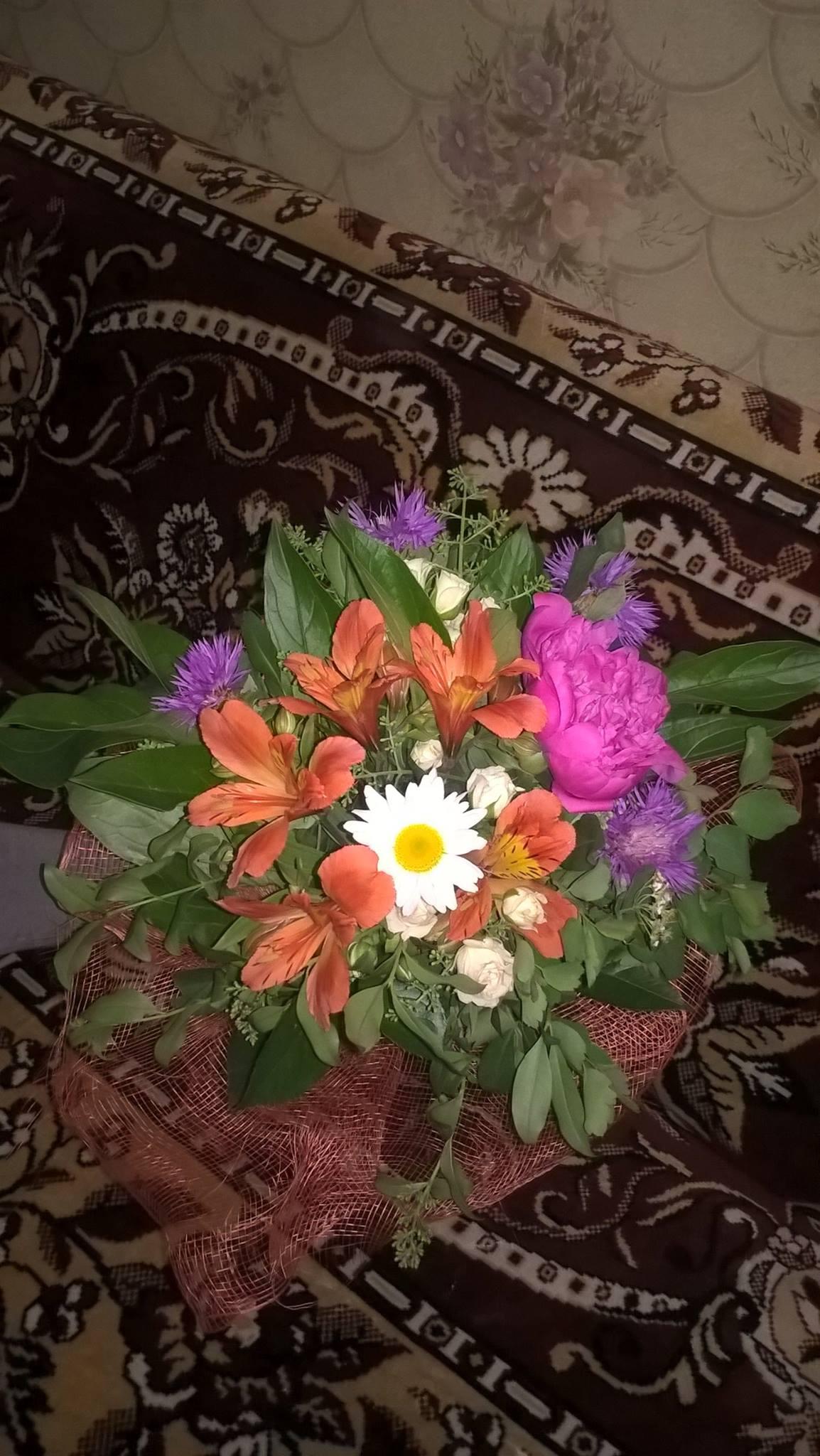 Миколаївці висміяли принизливий подарунок влади матерім-героїням - фото 1