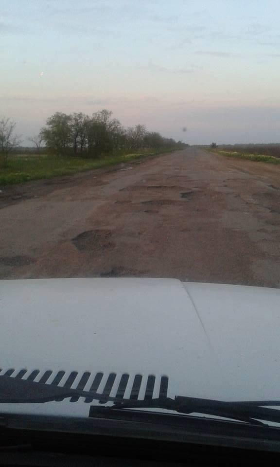 Туристи до миколаївських курортів не доїдуть: дороги вщент розбито - фото 3