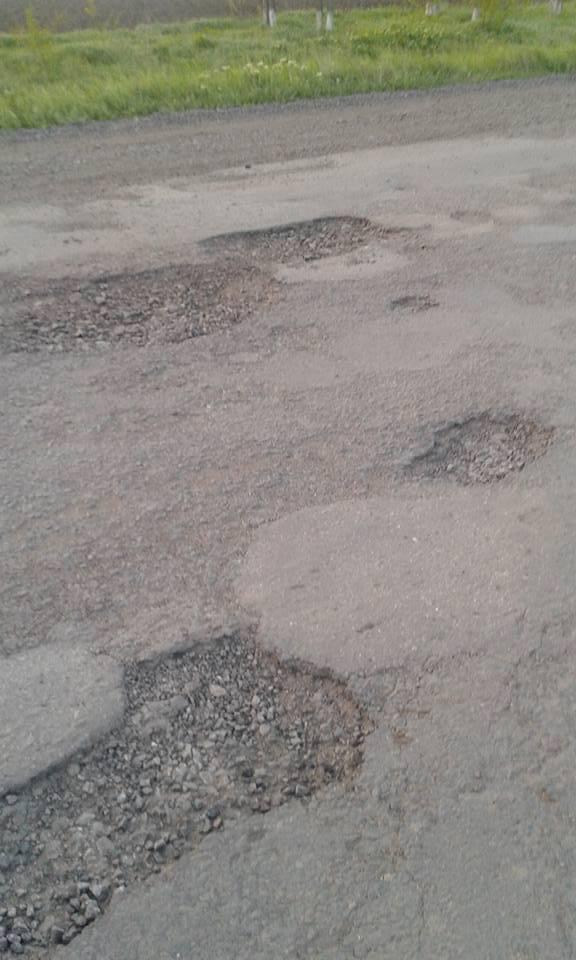 Туристи до миколаївських курортів не доїдуть: дороги вщент розбито - фото 2