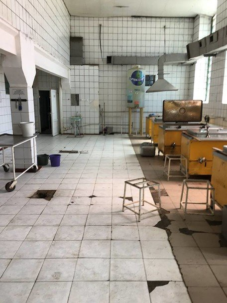 Бруд та цвіль: Полторак відвідав солдатські їдальні на Одещині (ФОТО) - фото 7