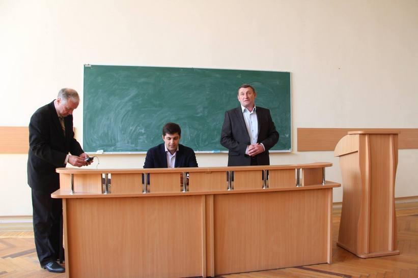 """Сакварелідзе розповів вінницьким студентам про потоки, офшори та """"реваншистів"""" - фото 3"""