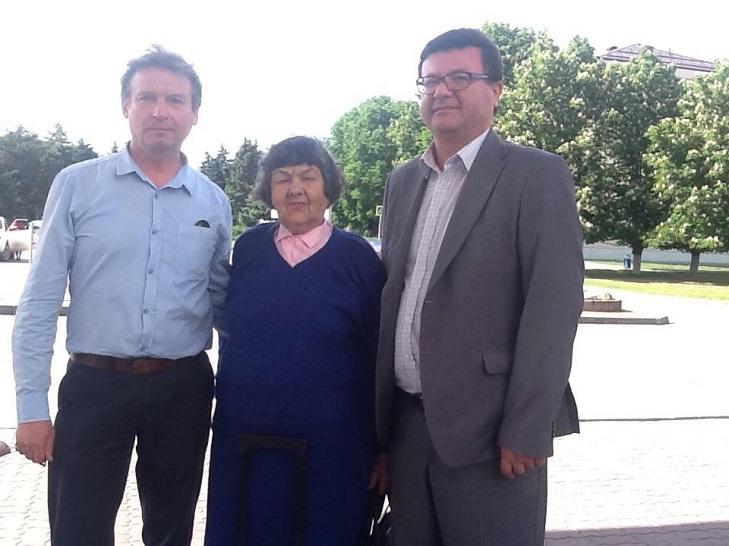 Мати Савченко розповіла, як Надія стрибала з Московського мосту - фото 1
