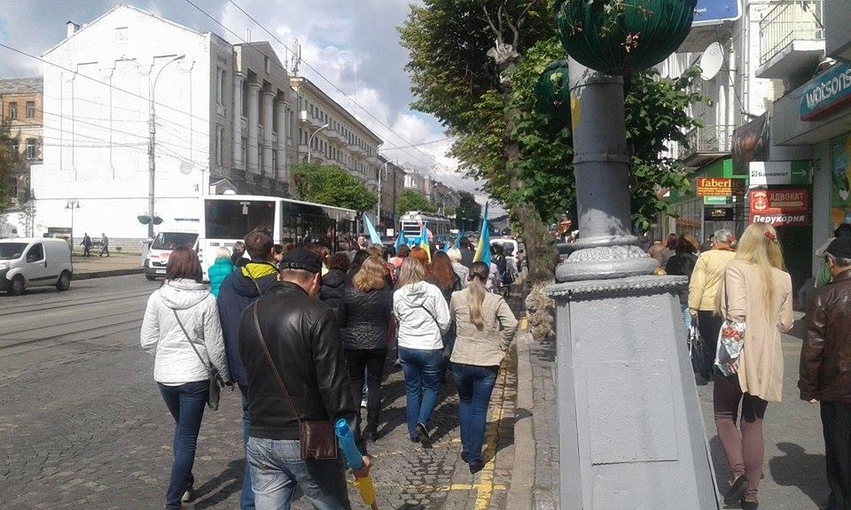 Рух транспорту в центрі Вінниці розблоковано - фото 1