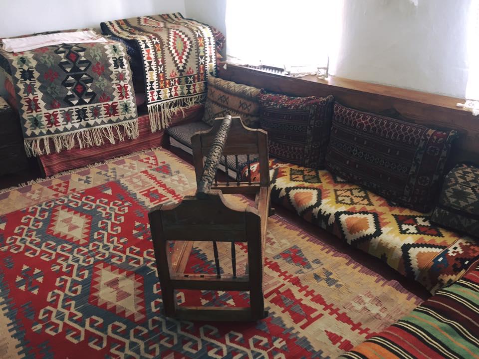 Східна казка: 13 фото відреставрованого кримськотатарського будинку - фото 1