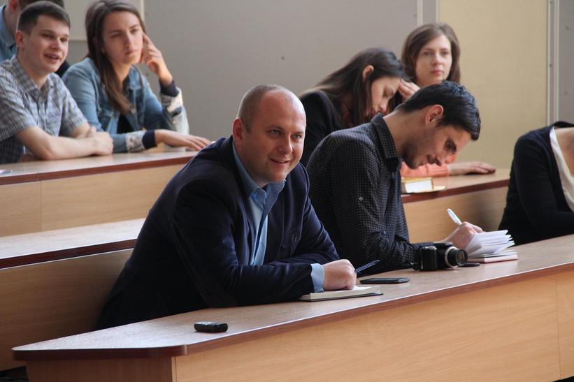 """Сакварелідзе розповів вінницьким студентам про потоки, офшори та """"реваншистів"""" - фото 4"""