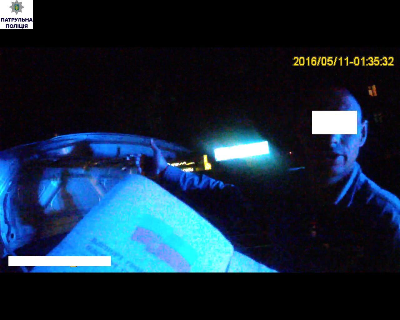 У Миколаєві впіймали таксиста, який їздить без прав
