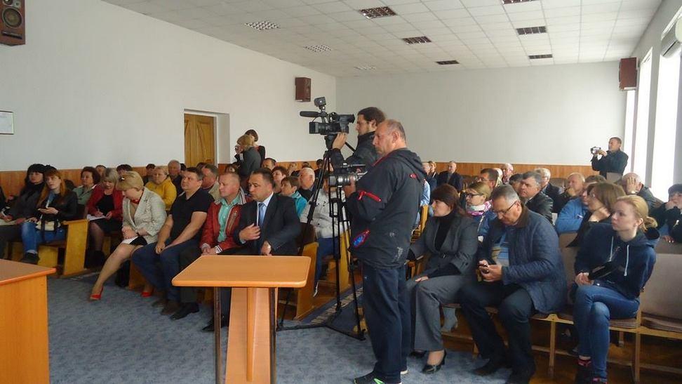 Депутати Тростянецької райради вирішать долю курників на наступній сесії - фото 1