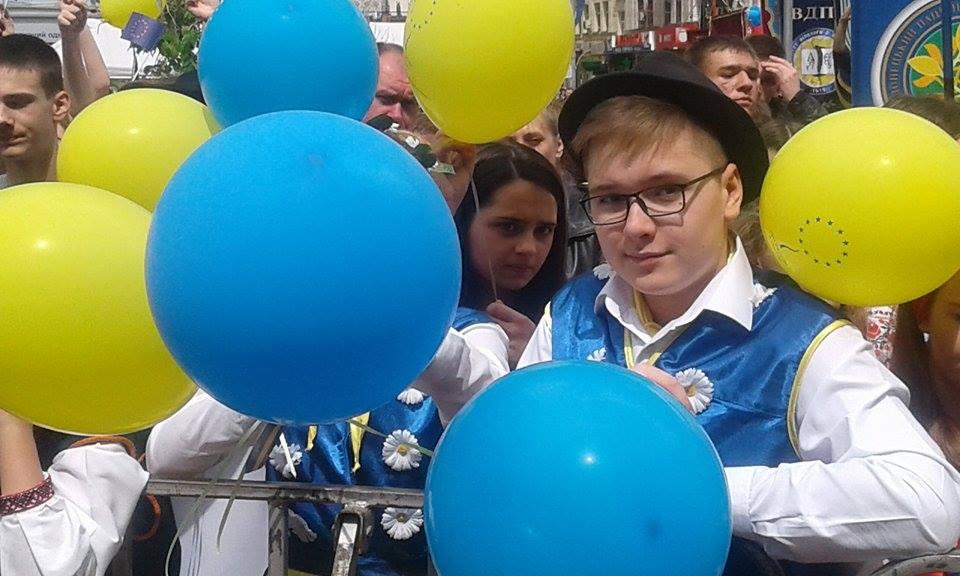 Гройсман, міністри та іноземні посли: у Вінниці розпочалось святкування Дня Європи - фото 5
