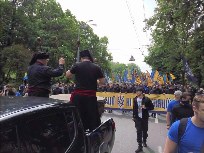"""""""Азовці"""" на марші задають темп литаврами (ФОТО) - фото 2"""