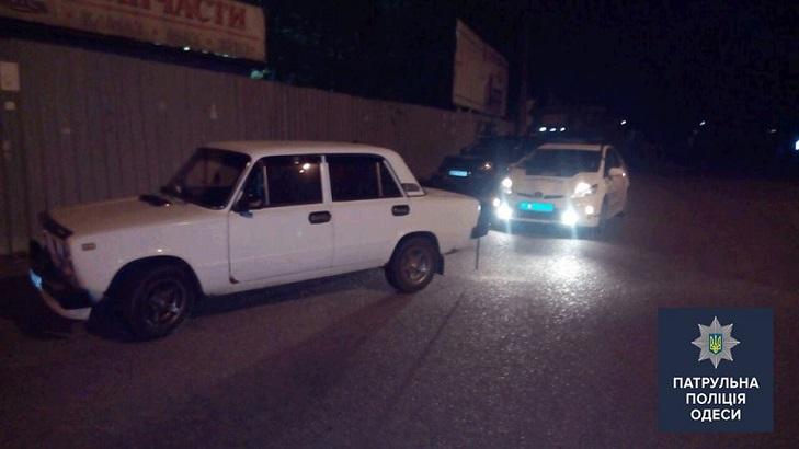 В Одесі пограбували АЗС та взяли у заручники касира - фото 1