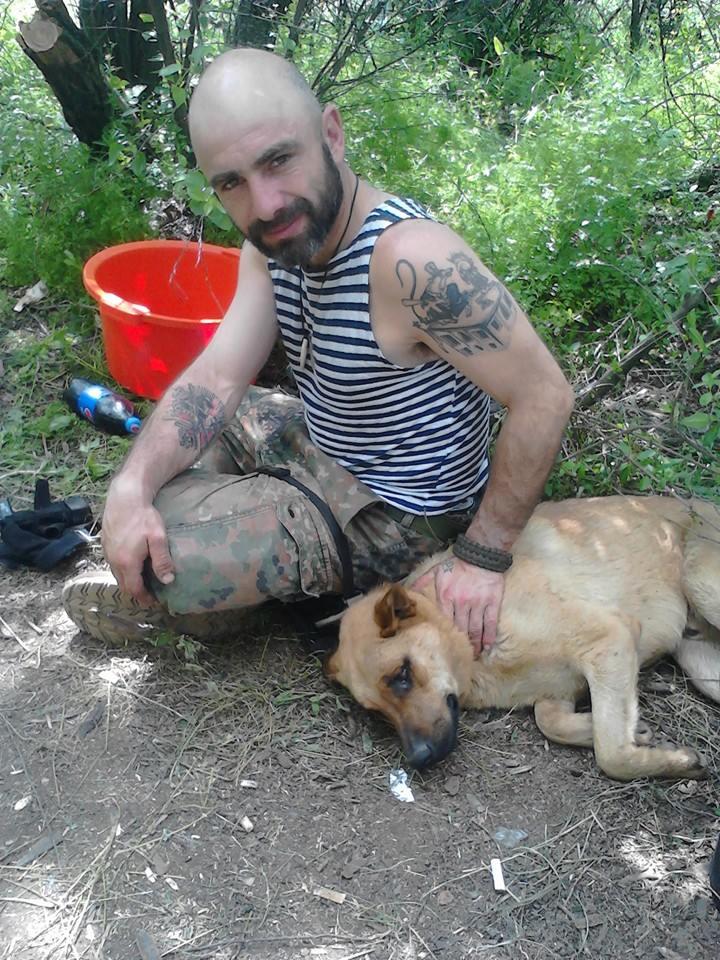 Чим займаються на Донбасі найкращі друзі бійців АТО-4 - фото 2