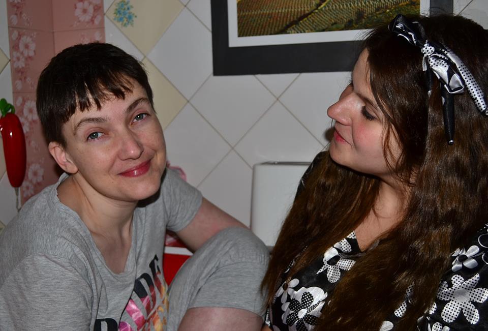 Подруга Савченко розповіла про першу ніч Савченко на волі - фото 1