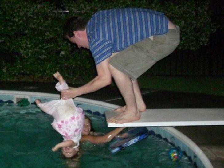 30 батьків, якім краще не довіряти дітей - фото 21