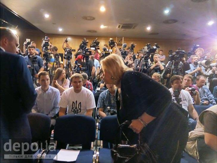 Прес-конференція Надії Савченко (ФОТОРЕПОРТАЖ) - фото 1