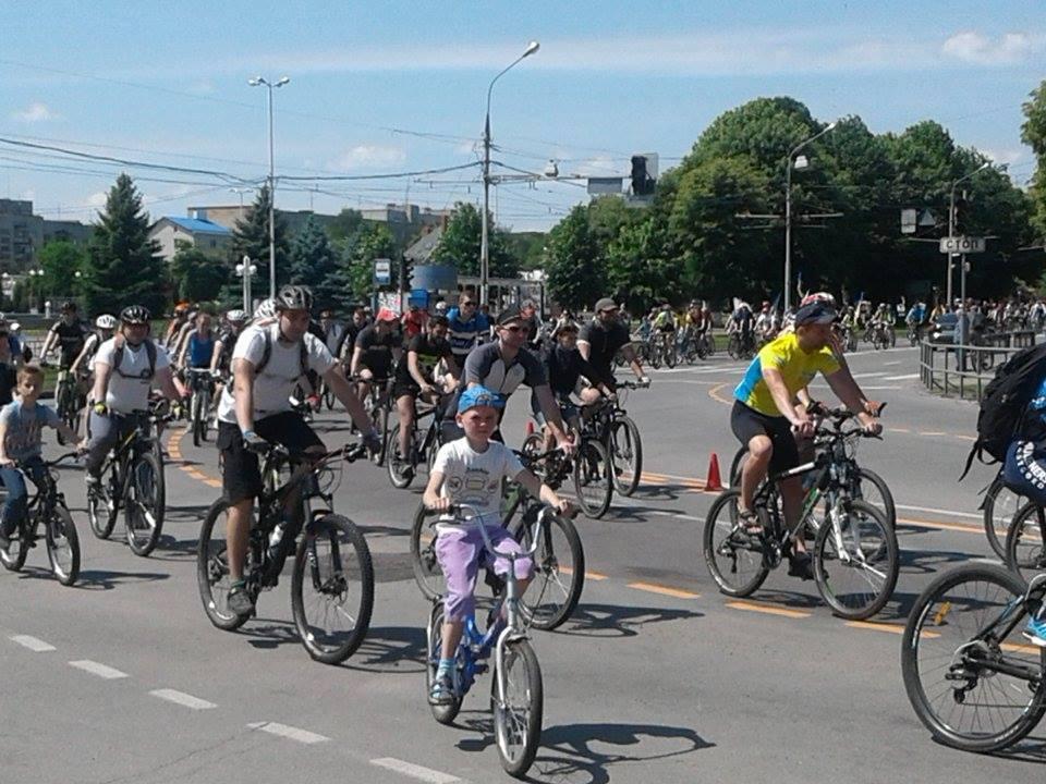 Тисяча вінничан взяла участь у загальноміському велопробігу - фото 5