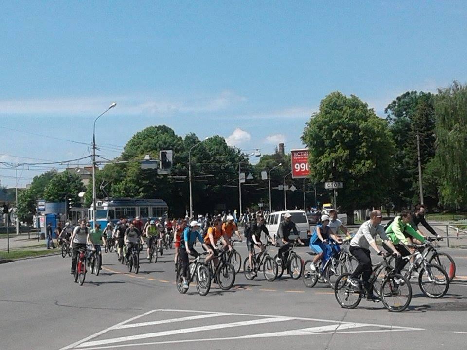 Тисяча вінничан взяла участь у загальноміському велопробігу - фото 3