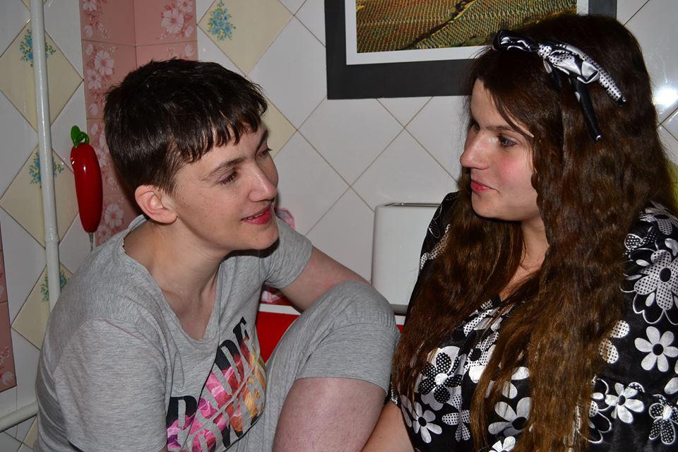 Подруга Савченко розповіла про першу ніч Савченко на волі - фото 2