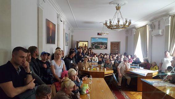 """Мер Миколаєва під тиском наклав мораторій на демонтаж """"будок"""" - фото 3"""