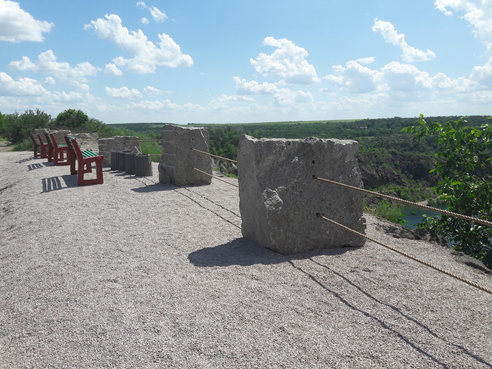 На Миколаївщині біля родонового озера збудували оглядовий майданчик - фото 2
