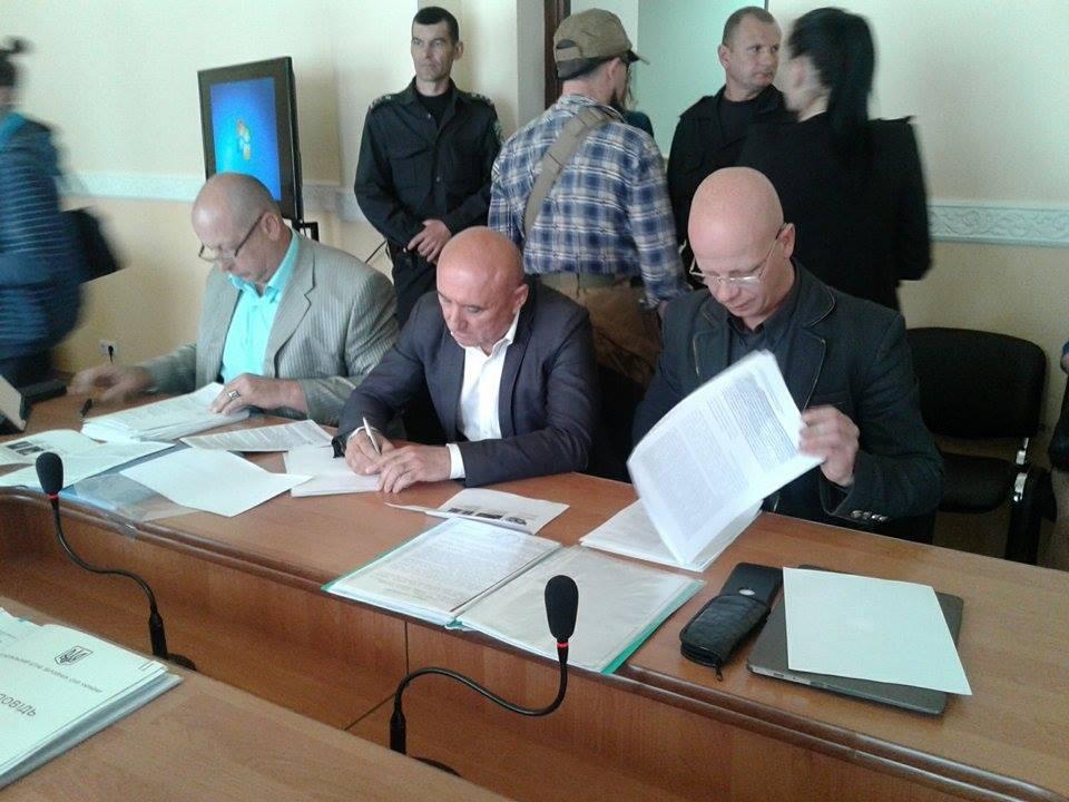 Генерал Хижий, який судиться з Полтораком, вперше з'явився в суді - фото 2