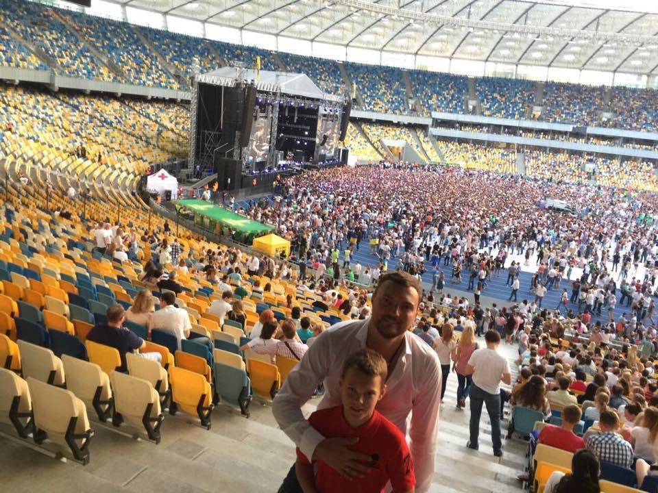 """Миколаївський """"опоблоківець"""" похизувався фото з концерту """"Океан Ельзи"""" - фото 2"""