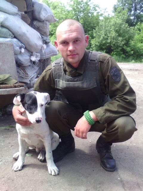 Чим займаються на Донбасі найкращі друзі бійців АТО-4 - фото 11