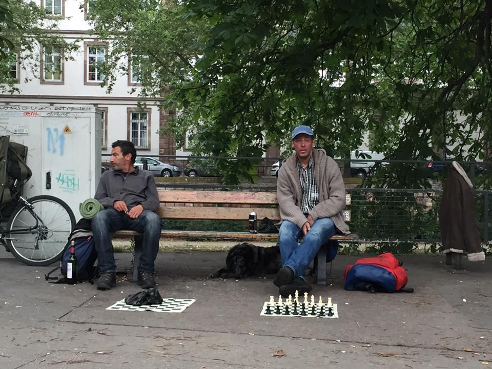 Задвірки ПАРЄ: Як виглядають європ`яниці - фото 1