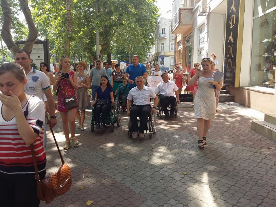 Мера Миколаєва посадили в інвалідний візок - фото 4