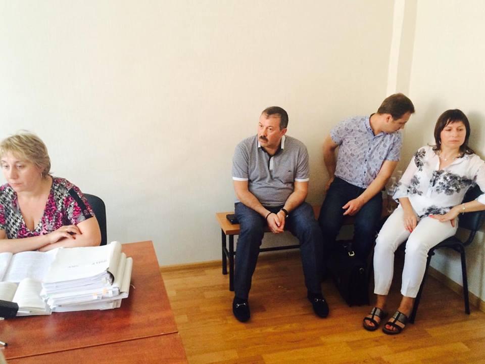 У Харкові депутата, підозрюваного в розтраті 5 млн грн, захищає адвокат Кернеса - фото 1