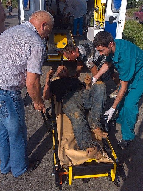 На Миколаївщині двох чоловіків засипало землею в каналізаційній мережі - фото 3