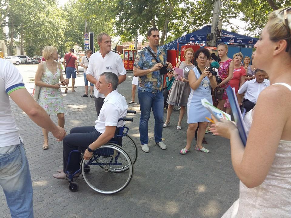 Мера Миколаєва посадили в інвалідний візок - фото 1