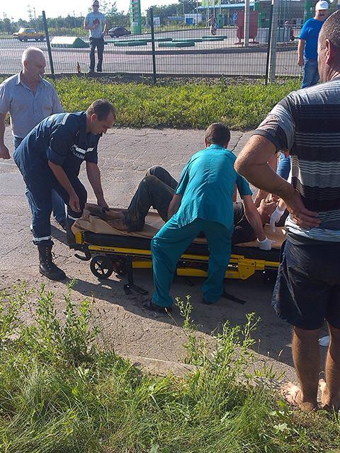 На Миколаївщині двох чоловіків засипало землею в каналізаційній мережі - фото 1