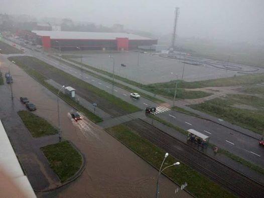 Злива підтопила Вишеньку та Електромережу - фото 1
