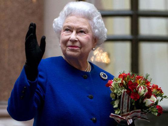 Як старіє Єлизавета ІІ: найяскравіші фото від дитинства і до сьогодні  - фото 22