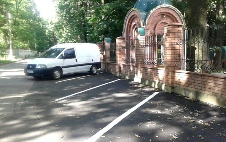 Як виглядають дві новенькі вінницькі парковки - фото 1