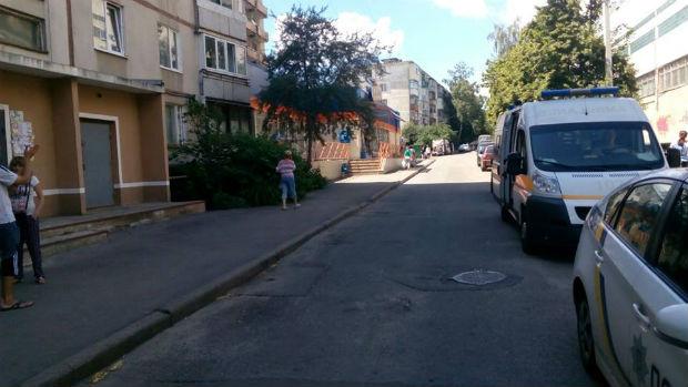 У Харкові невідомий у камуфляжі та дівчина викрали 6-річну дитину - фото 1