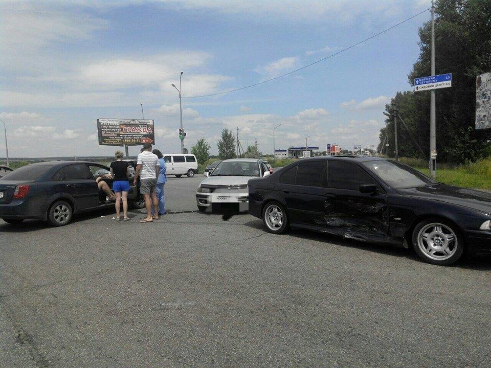 На Окружній дорозі не роз'їхалися авто  - фото 2
