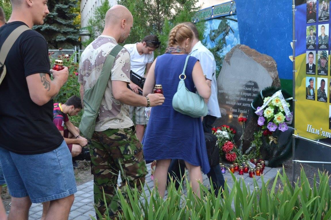 У Миколаєві вшанували пам'ять загиблих під Зеленопіллям  - фото 6