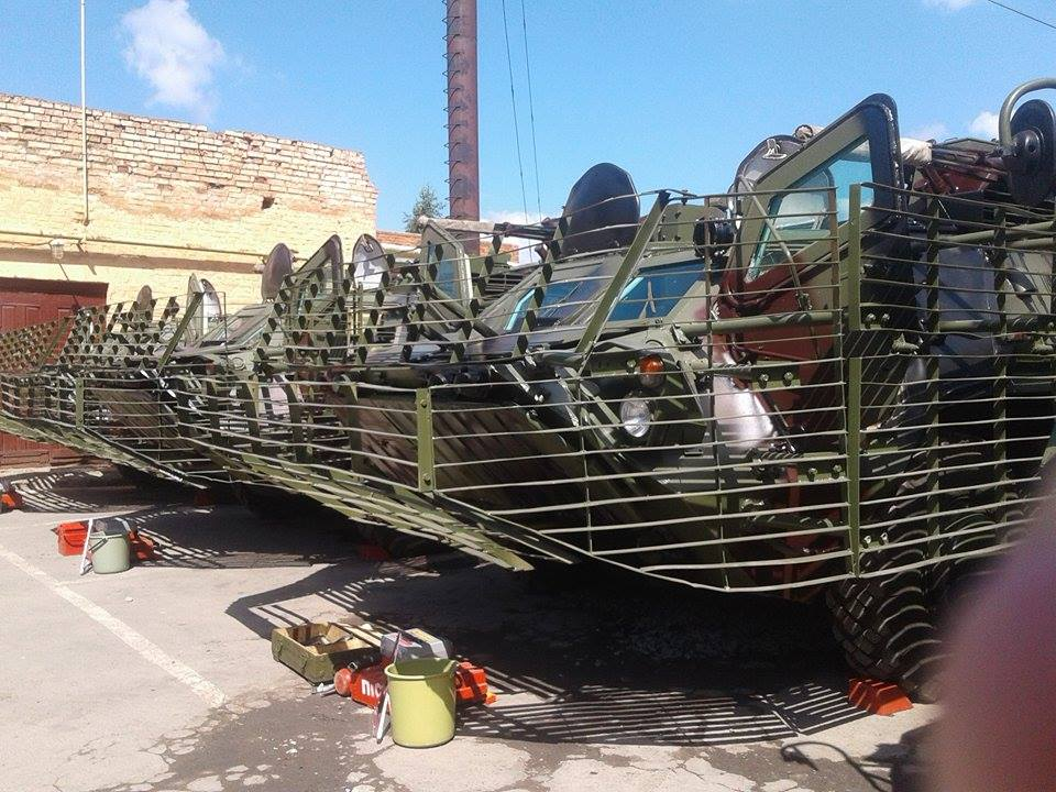Вінницькі військові провели тест-драйв бойових машин - фото 3