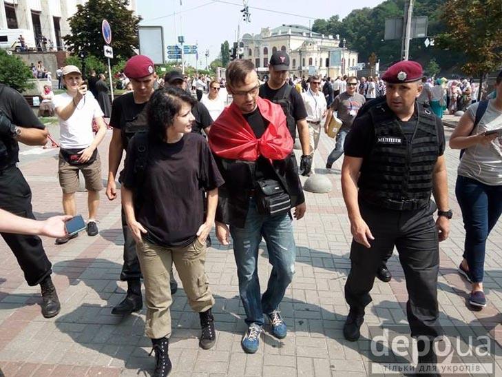 Гундяєвські ходоки в центрі Києва (ФОТОРЕПОРТАЖ) - фото 12
