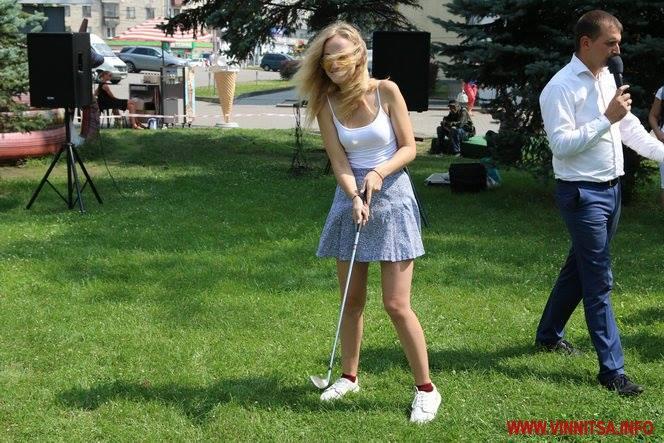 Як у  вінниці безкоштовно в міні-гольф грали  - фото 3