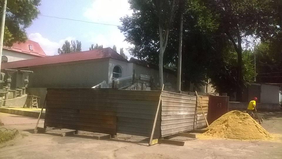 У Миколаєві почали ремонтувати знаменитий турецький фонтан - фото 1