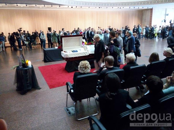 Як Україна прощалась з Павлом Шереметом (ФОТОРЕПОРТАЖ) - фото 3