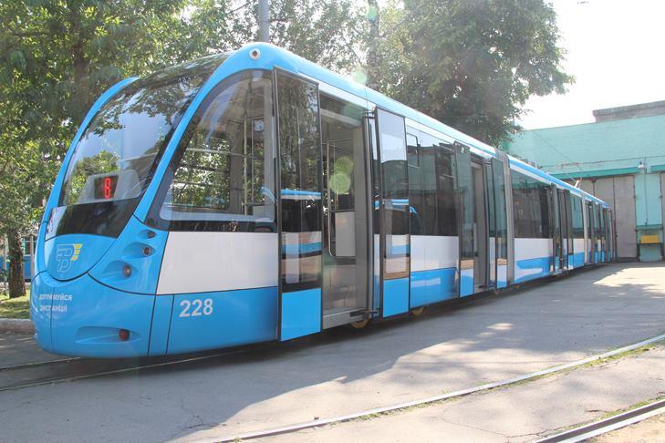Вінницька транспортна компанія робитиме більше трьох низькополих трамваїв на рік - фото 2