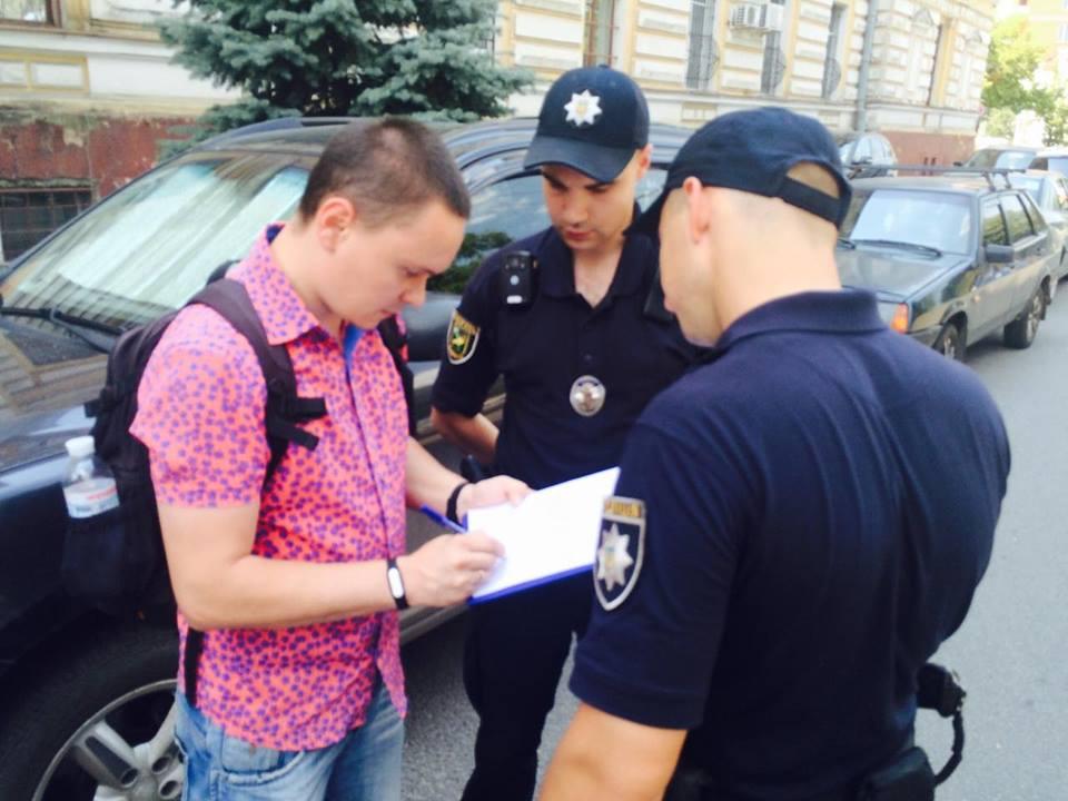 Харківські журналісти звинувачують правоохоронців у перешкоджанні професійній діяльності - фото 1