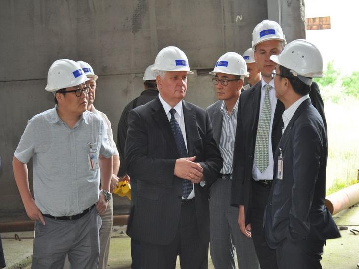 Корейці переймалися перспективами спорудження нових потужностей Хмельницької АЕС - фото 1