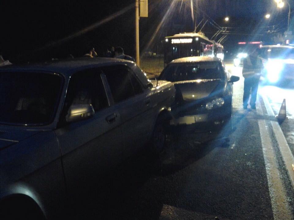 На Білгородському шосе водій влаштував аварію за принципом доміно  - фото 1