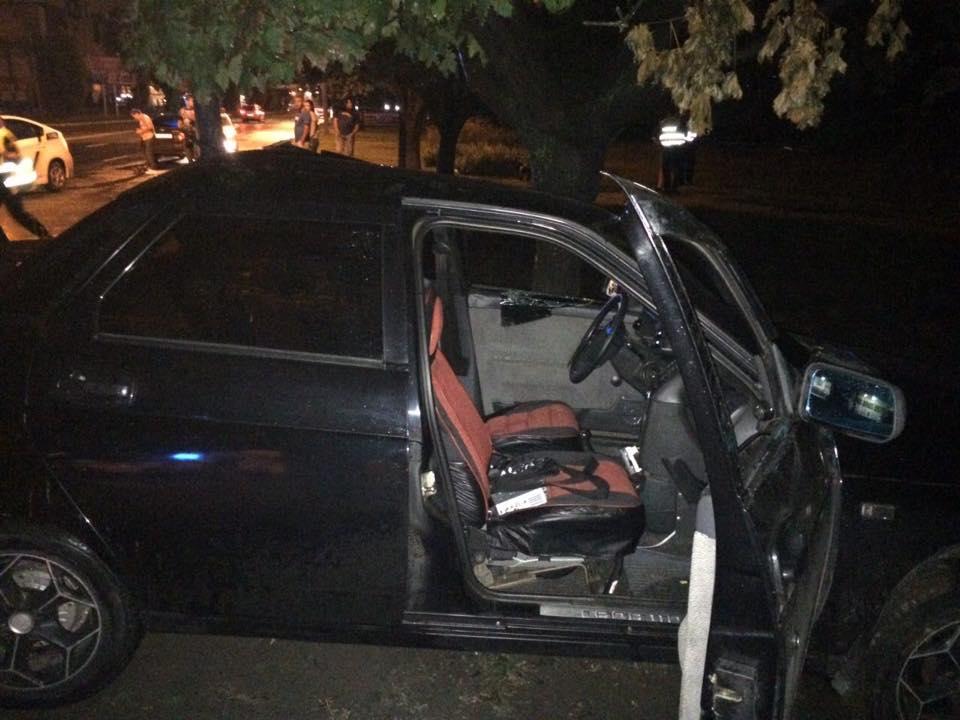 У нічному ДТП у Харкові постраждали три людини  - фото 3