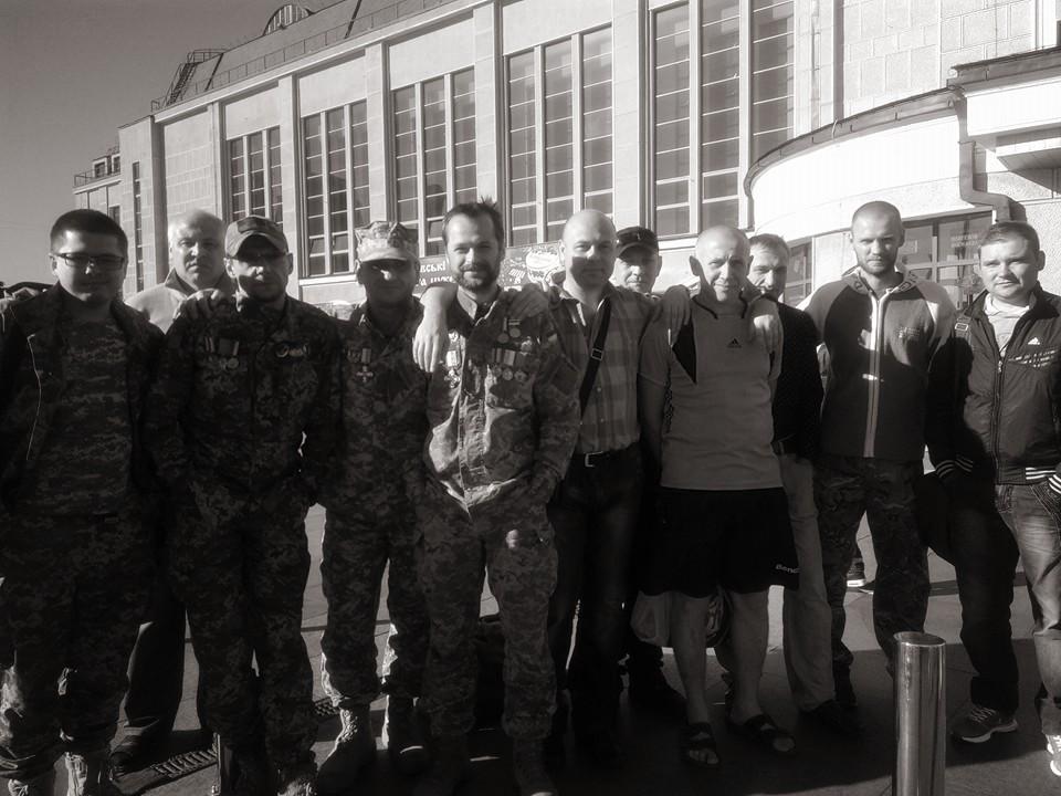 """Чому загиблого """"Осу"""" не провожали на Майдані, як інших Героїв АТО - фото 4"""