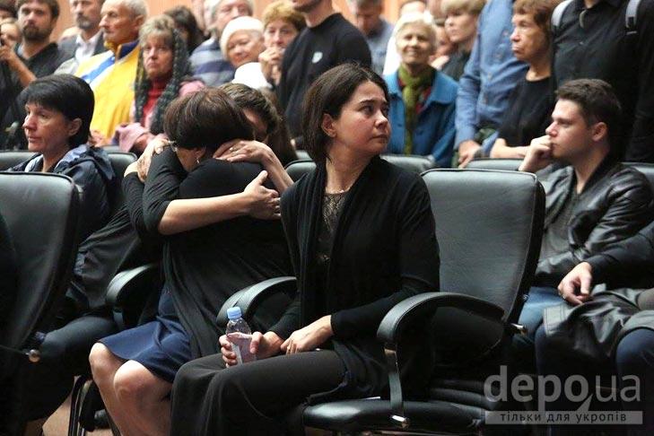 Як Україна прощалась з Павлом Шереметом (ФОТОРЕПОРТАЖ) - фото 7